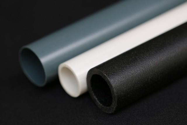 Tubos de plástico reciclado